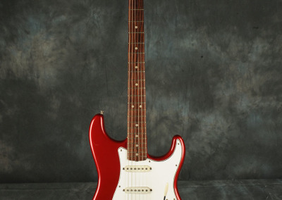 Fender Stratocaster 1965 CaR (1)
