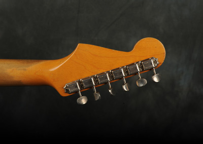Fender Stratocaster 1965 Fiesta Red (9)