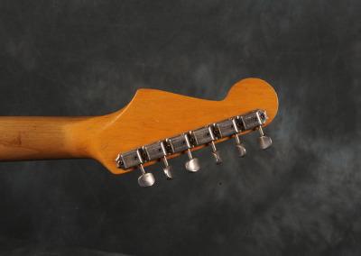 Fender Stratocaster 1965 Sonic Blue (12)