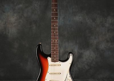 Fender Stratocaster 1966 Sunburst 1 (1)