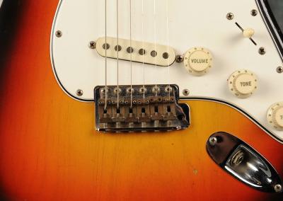 Fender Stratocaster 1966 Sunburst 1 (10)