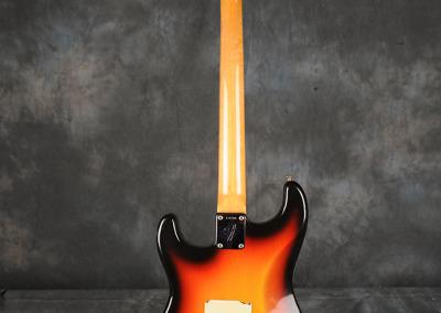 Fender Stratocaster 1966 Sunburst 1 (3)