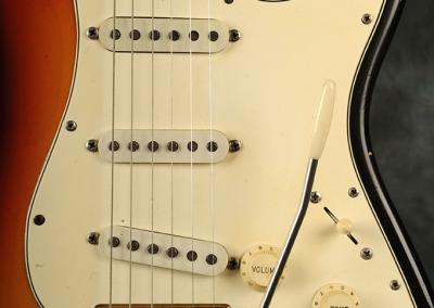 Fender Stratocaster 1966 Sunburst 2 (2)