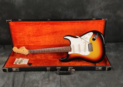 1966 Fender Stratocaster Sunburst (3)