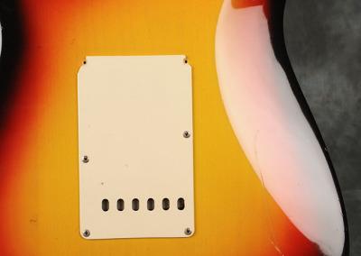 Fender Stratocaster 1966 Sunburst 3 (4)