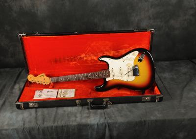 1966 Fender Stratocaster Sunburst (4)