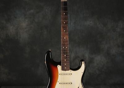 Fender Stratocaster 1966 Sunburst 5 (1)