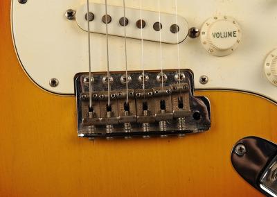 Fender Stratocaster 1966 Sunburst 5 (14)