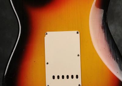 Fender Stratocaster 1966 Sunburst 5 (5)