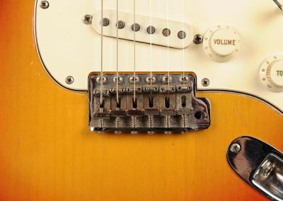 Fender Stratocaster 1966 Sunburst 7 (10)