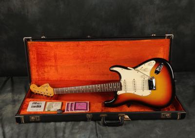 1966 Fender Stratocaster Sunburst (7)