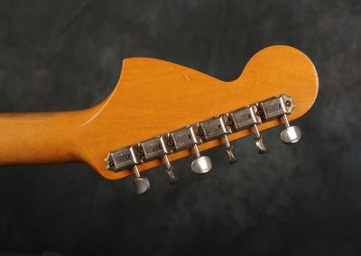 Fender Stratocaster 1966 Sunburst 7 (8)