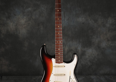 Fender Stratocaster 1966 Sunburst 8 (1)