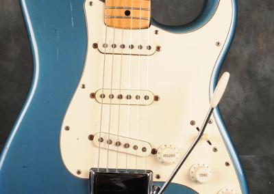Fender Stratocaster 1972 LpB (2)