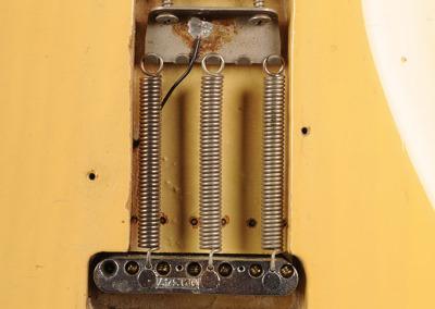 Fender Stratocaster 1972 OW (10)