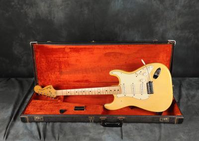 1972 Fender Stratocaster Olimpic White