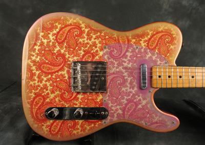 Fender Telecaster 1968 Paisley (9)
