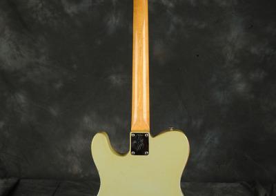 Fender Telecaster 1968 Sonic blue (2)