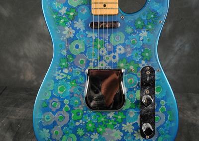 Fender Telecaster 1968 blue (2)
