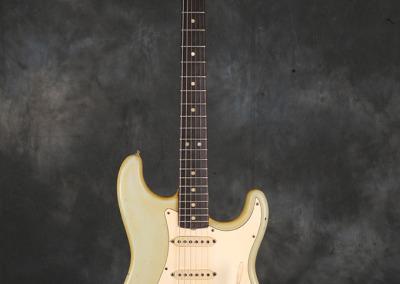 Fender stratocaster 1967 Sonic Blue (1)