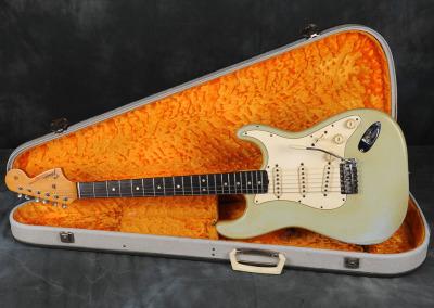 1967 Fender Stratocaster Sonic Blue