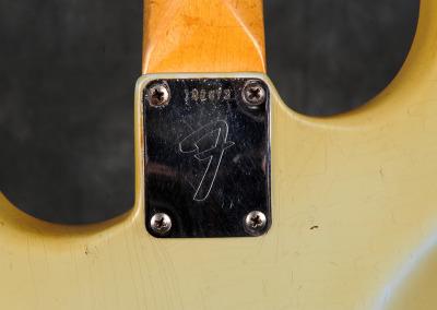 Fender stratocaster 1967 Sonic Blue (9)