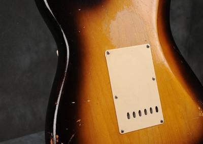 Fender-Stratocaster-1956-sun2toni (10)