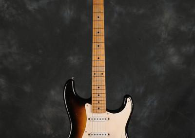 Fender-Stratocaster-1956-sun2toni (2)
