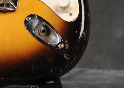 Fender-Stratocaster-1956-sun2toni (5)
