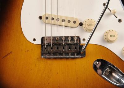 Fender-Stratocaster-1957-sun2toni (4)