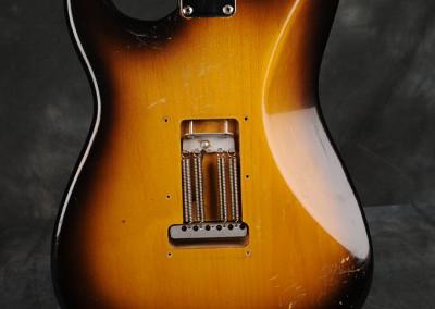 Fender-Stratocaster-1957-sunburst (11)
