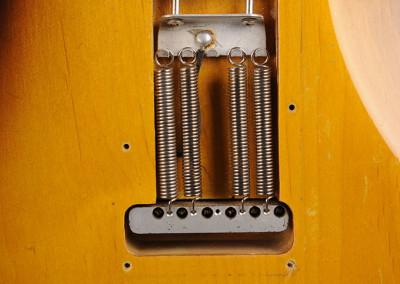 Fender-Stratocaster-1957-sunburst (12)