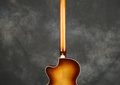 hofner 1964 violin-bass sunburst (7)