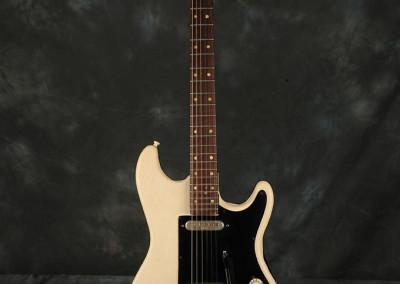 1962 Hofner 164 White (1)